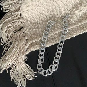 Light weight silver chain necklace.